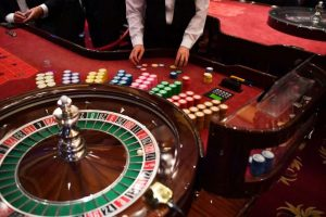 Roulette with a Live Dealer for Real Cash